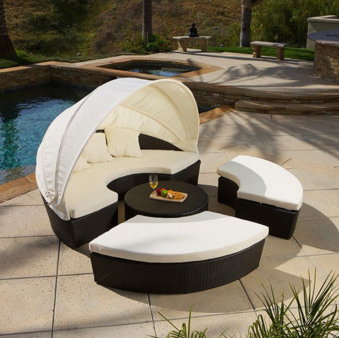 7 Beautiful Cozy Daybeds For Outdoor
