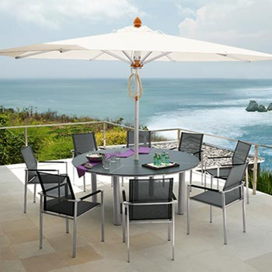 barlow-patio-dining-table