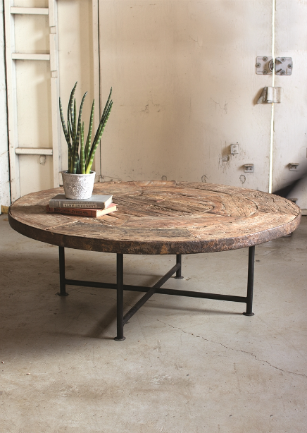 antique-wooden-wagon-wheel-coffee-table