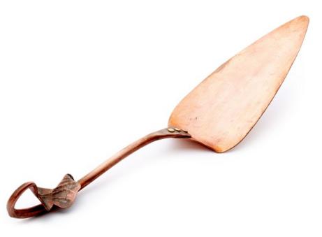 leaf-handle-copper-cake-server