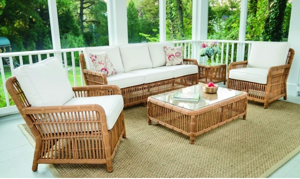 White Outdoor Seating Set Kingsley