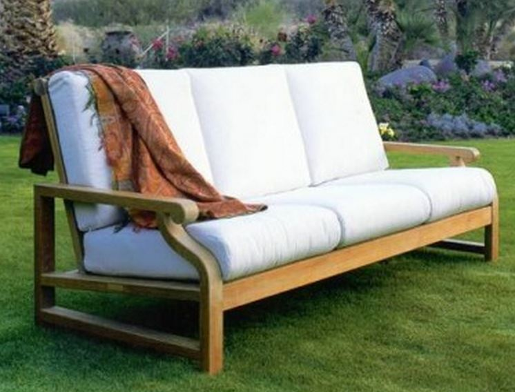 Kingsley-Bate Nantucket Teak Deep Seating Sofa